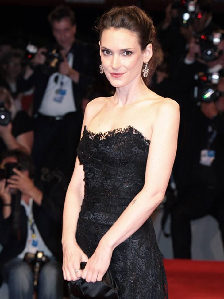 Die 69. Internationalen Filmfestspiele von VenedigIhre angespannte Körperhaltung und ihr teilweise erschrockener Blick ließen viele Beobachter besorgt zurück.