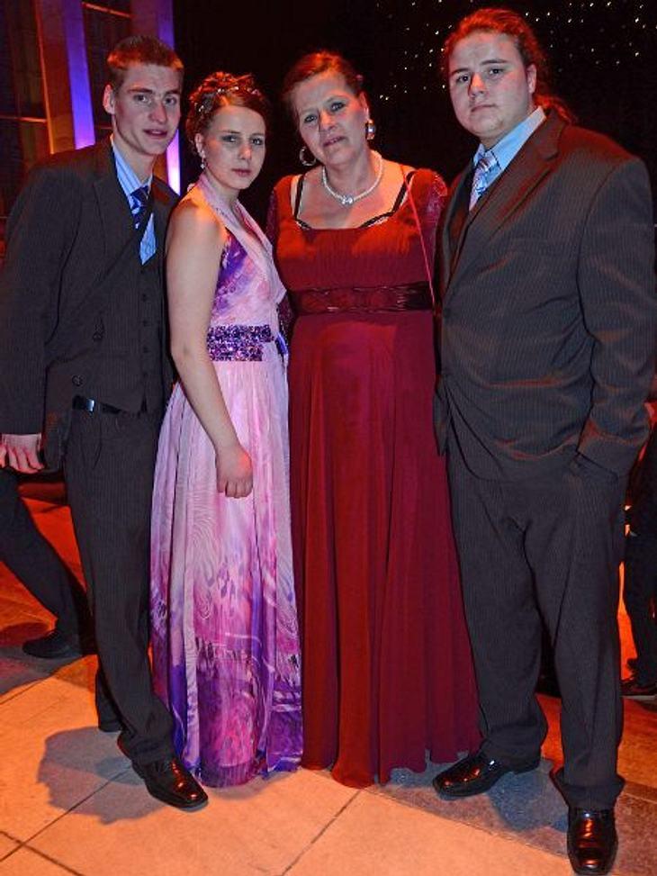 Sarafina mit Freund, Mutti und Jeremy-Pascal