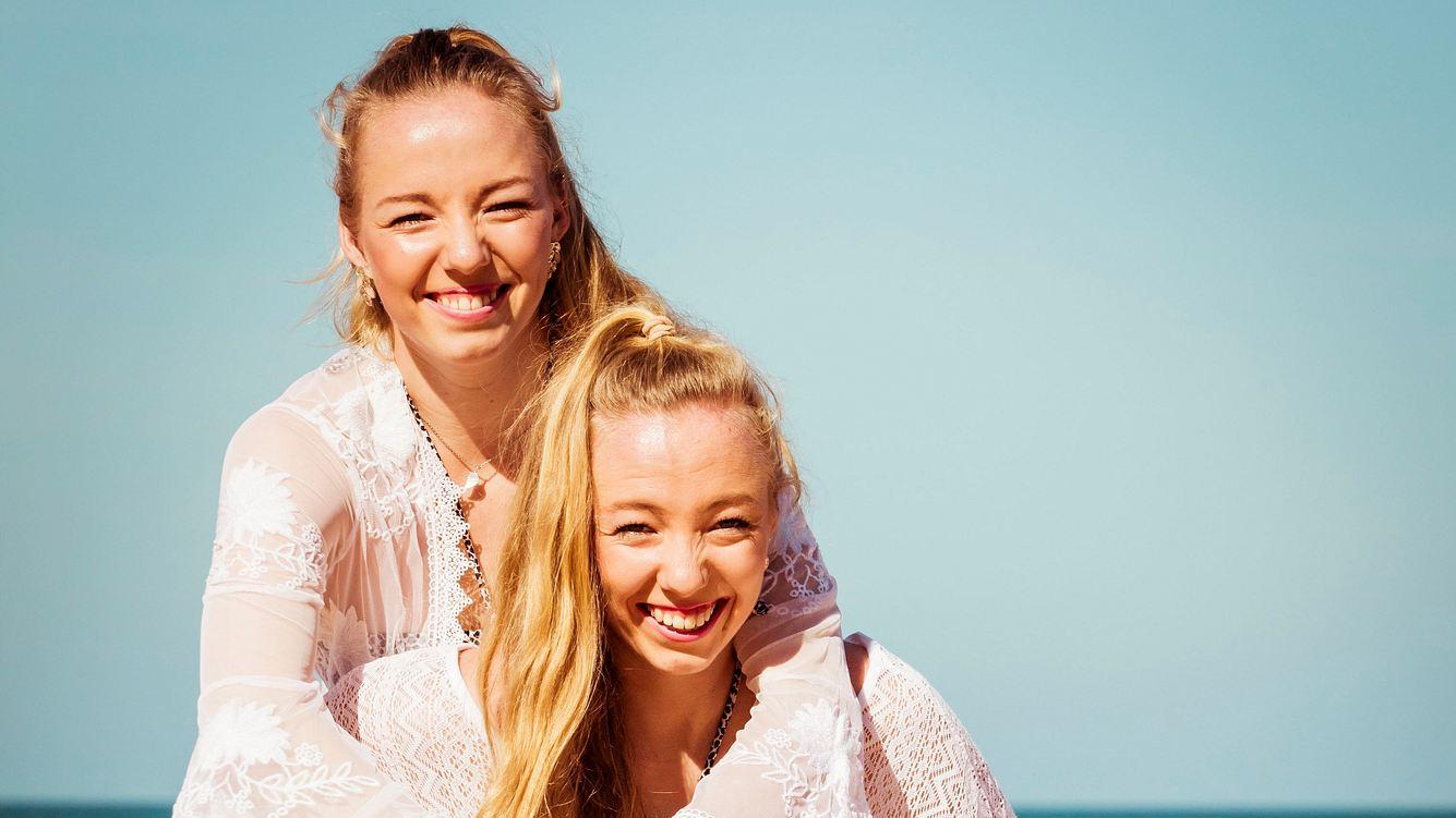 Zwillinge Yana und Tayisiya Morderger bei Kampf der Realitystars