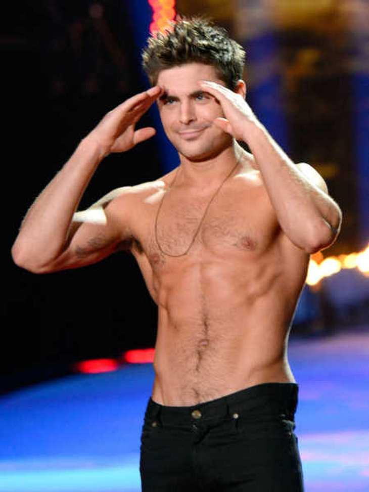 Zac Efron präsentierte sich bei den MTV Movie Awards oben ohne.