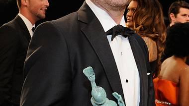 Zach Galifianakis freut sich nicht nur über seinen neuen Look, sondern auch über den SAG-Award - Foto: Getty Images