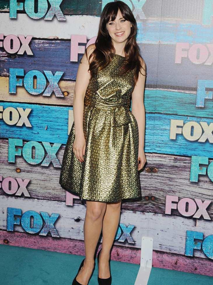 Star-Style: Mädchenhaft wie Zooey DeschanelEine andere Farbe, die es ihr anscheinend auch angetan hat, ist Gold.